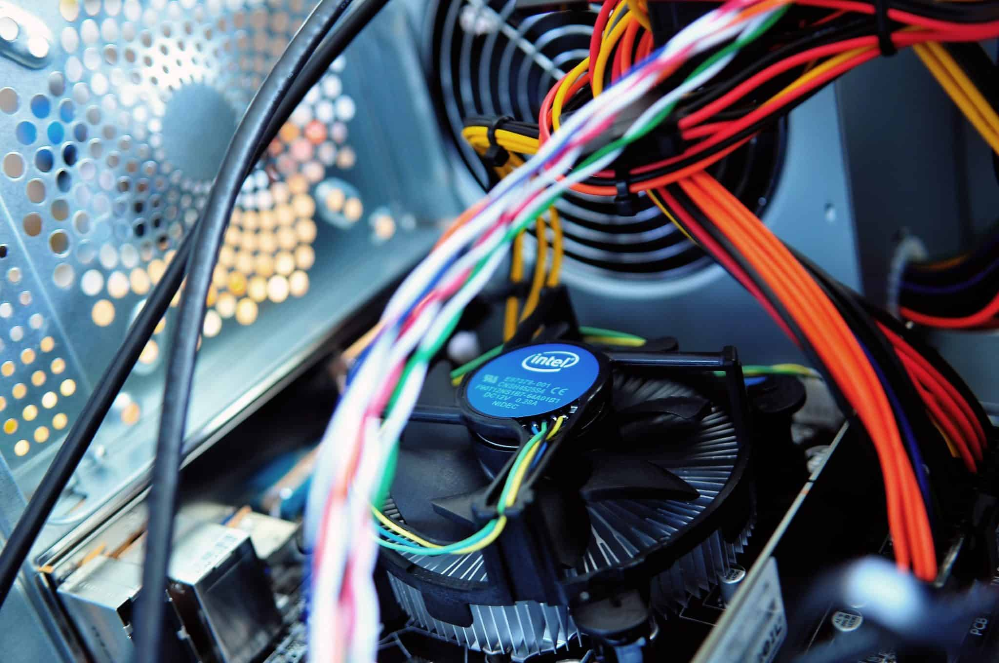 computer-motherboard-pc-wires[1]